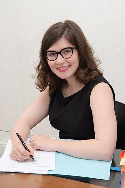 2a222e5bc3d Anne-Raphaëlle TOUSSAINT-LAYADI - Thème avocat